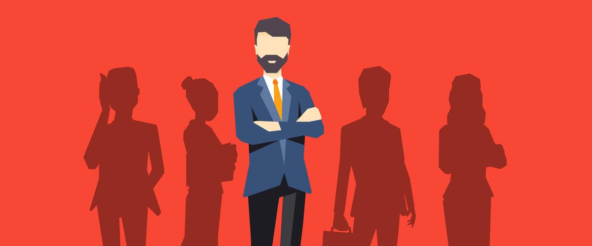 De manager in detail voor de silhouetten van de werknemers